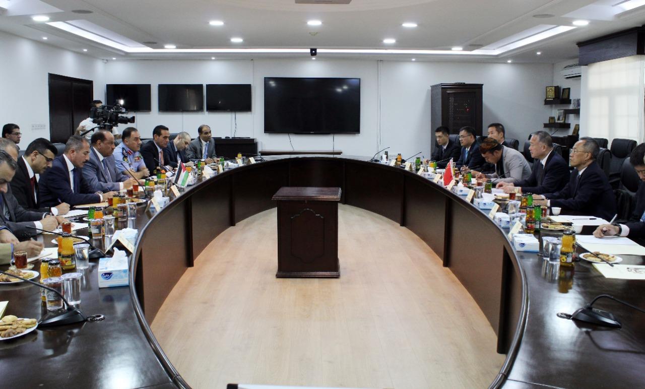 وزير الداخلية: مواجهة الارهاب وادواته تتطلب جهودا استثنائية على الصعيدين الاقليمي والدولي