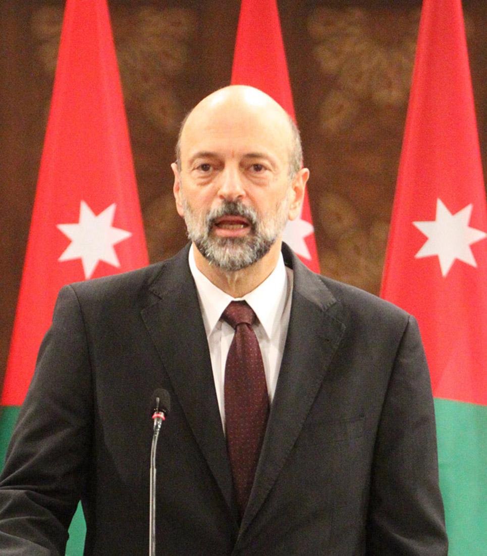 رئيس الوزراء يوعز بدعم الحملة الوطنيّة لتسويق زيت الزيتون الأردني