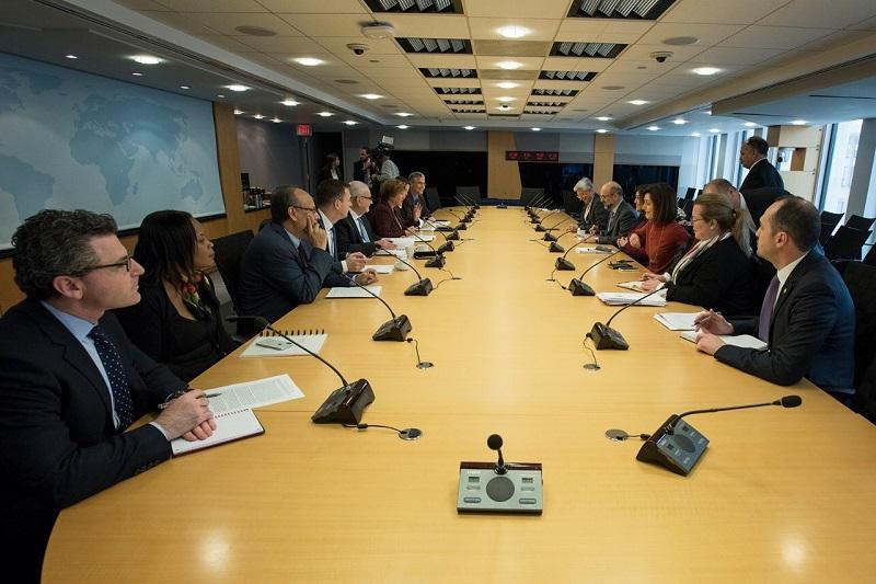 الرزاز يلتقي المدراء التنفيذيين في مجموعة البنك الدولي