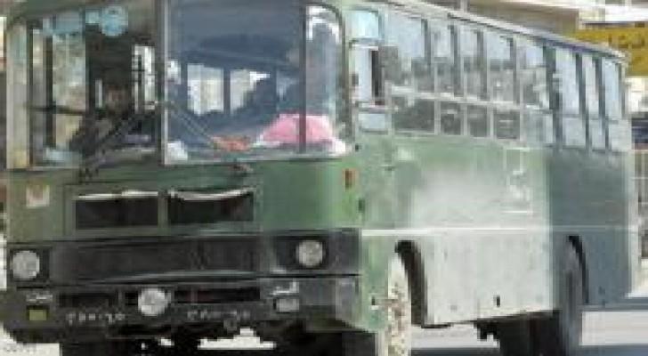 دمشق: انفجار يستهدف حافلة تقل أفراداً من الجيش السوري