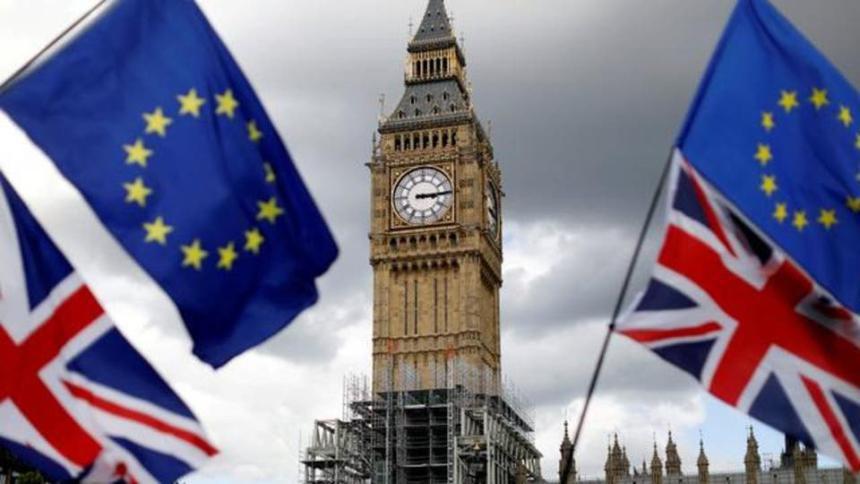 بريطانيا تنشر وثيقة رسمية تحذر من سيناريوهات سلبية للخروج من الاتحاد الأوروبي دون اتفاق