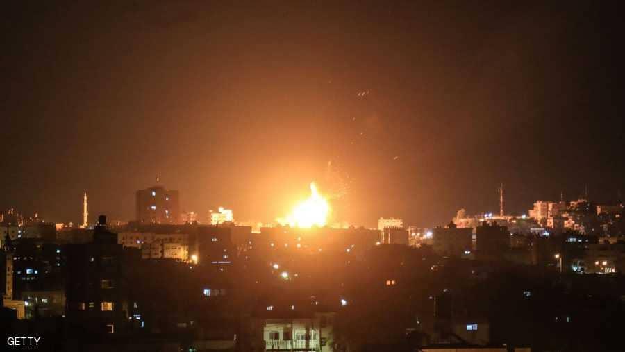 طيران ومدفعية الإحتلال الإسرائيلي تقصف مواقع لحماس في غزة
