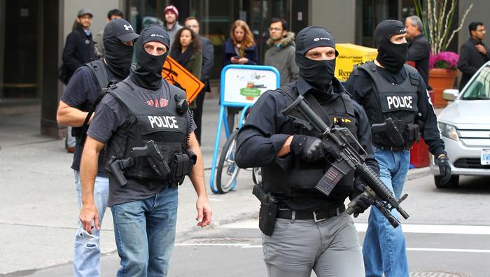 الشرطة الأسترالية تداهم منزلين على صلة بسفاح المسجدين