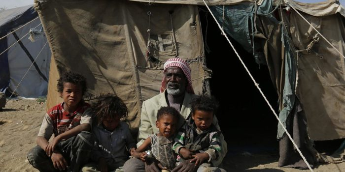 """""""رايتس ووتش"""": قطر تتخلى عن وعد حماية اللاجئين وتهدد يمنيًا بالترحيل القسري"""