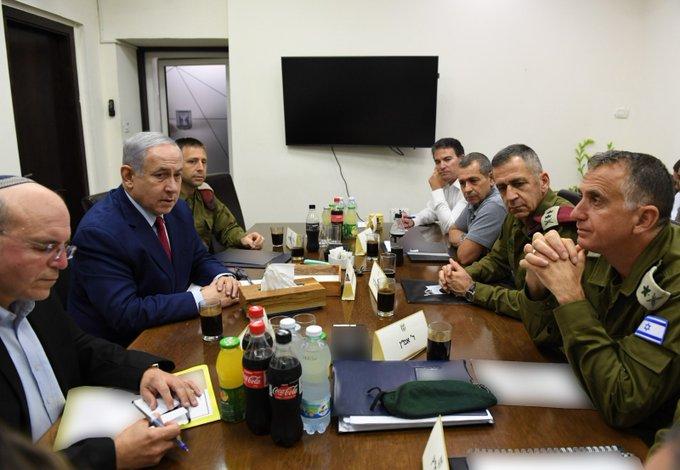 """نتن ياهو يتوجه إلى وزارة الجيش ويقول لحماس متوعدا: """"انتظروا"""""""