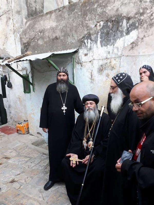 وفد من الكنيسة المصرية يزور القدس لبحث أزمة دير السلطان