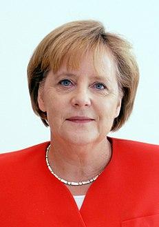 ميركل: ننتظر من الجامعة العربية دعم الاتحاد الأوروبي في الصراع الدولي