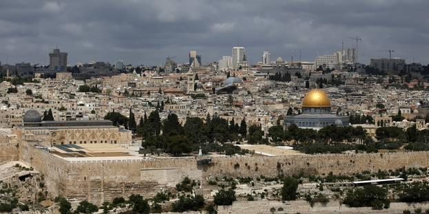 مفتي القدس يشيــد بجهـود الملك فــي رعايـة المقدسـات