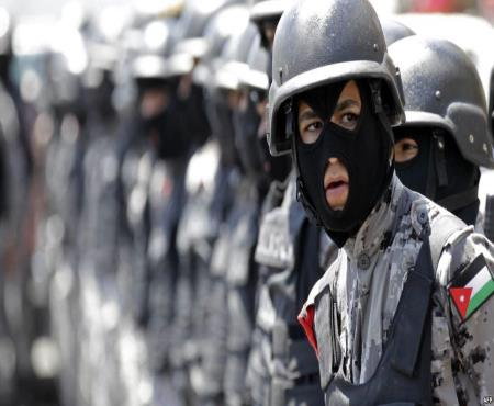 القبض على المتورطين بالسطو علـى بريــد الضليـل وأحــد البنـوك