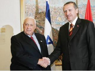 أردوغان يحتل الأراضى العربية ويبرم الصفقات مع تل أبيب.. أول من اعترف بالقدس المحتلة عاصمة لإسرائيل