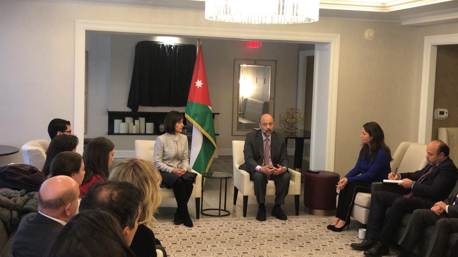 رئيس الوزراء الأردني يلتقي الجالية الأردنية بواشنطن
