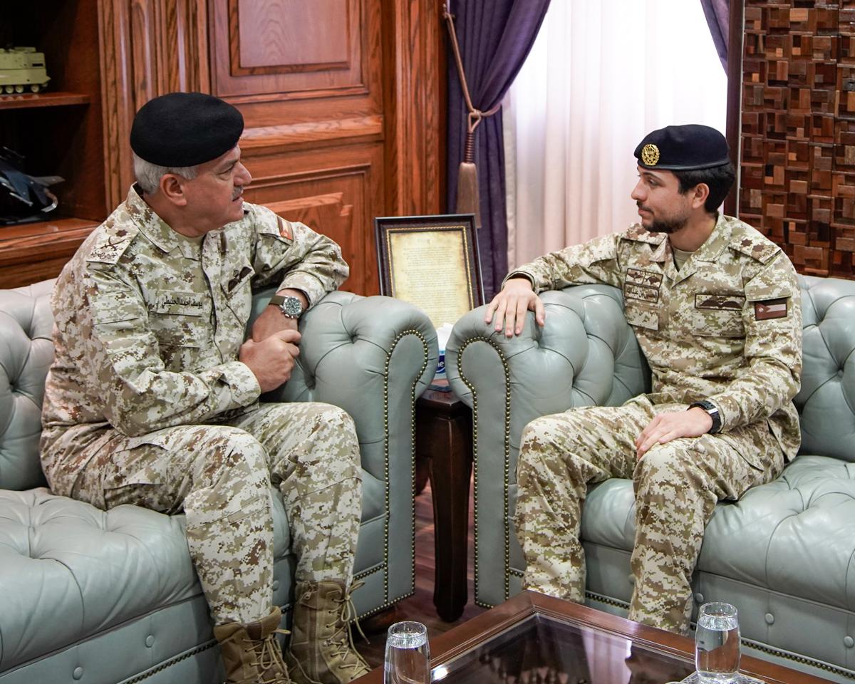 نائب جلالة الملك، سمو ولي العهد يزور القيادة العامة للقوات المسلحة
