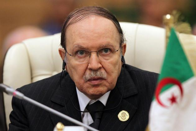 بوتفليقة يعرب عن حرصه على تعزيز العلاقات مع إيران