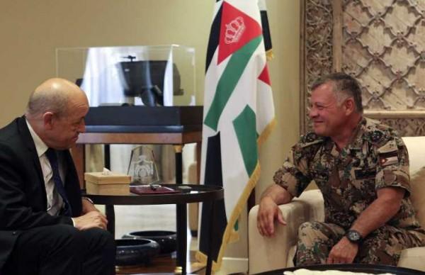 الملك: تكثيف الجهود لإعادة إطلاق مفاوضات استنادا لحل الدولتين