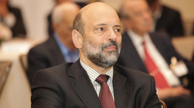 رئيس الوزراء الأردنى الرزاز ينفى تقديم استقالته.. ويؤكد على تعقب الفساد من جذوره