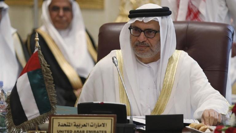 قرقاش يعلق على بيان الدول الست بخصوص ليبيا