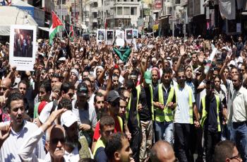 مسيرات جماهيرية اردنية تطالب بدعم صمود اهل غزة وتستنكر الانحياز الاميركي لاسرائيل