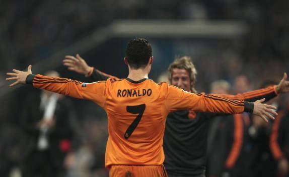 ريال مدريد يكتسح شالكه بسداسية في أبطال أوروبا