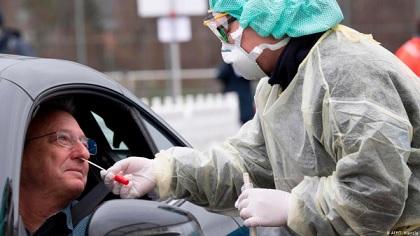 توقيف طبيب ألماني قتل إثنين من مصابي كورونا بسبب حالتهم الحرجة