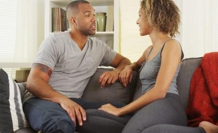 5 نصائح للحديث مع زوجك عن العلاقة الحميمة
