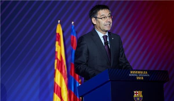 رسميًا: برشلونة يدعم صفوفه بصفقة جديدة