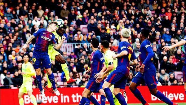 برشلونة يسقط في فخ التعادل أمام خيتافي