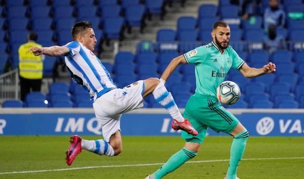 ريال مدريد يقبل الهدية ويخطف صدارة الليجا