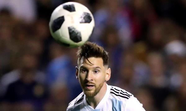 """حارس ريال مدريد الأسبق: ميسي """"أكذوبة"""" كرة القدم الكبرى"""