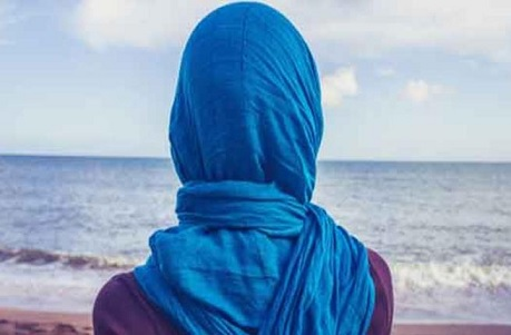 فتاة ملتزمة : ما هي دوافع الشباب في معاكسة الفتيات