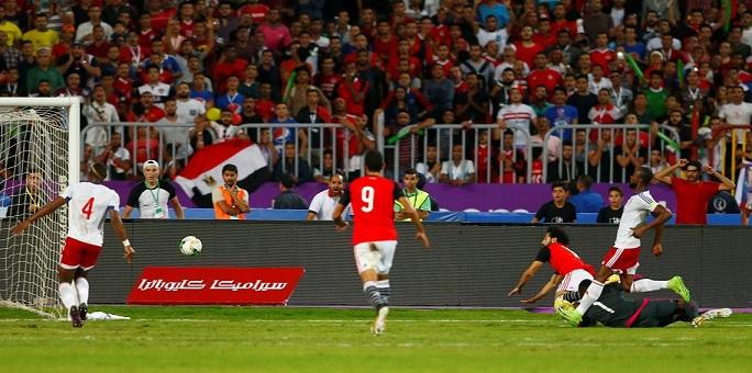 الفيفا يعاقب الاتحاد المصري بسبب جماهير المنتخب