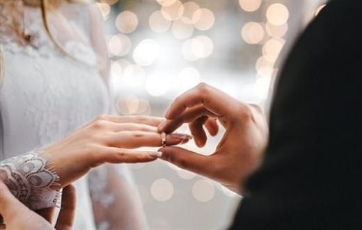 لهذا السبب تجنب الزواج في يوم الفالنتاين