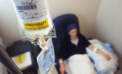 مناشدة مريضة سرطان بحاجة الى العلاج ...