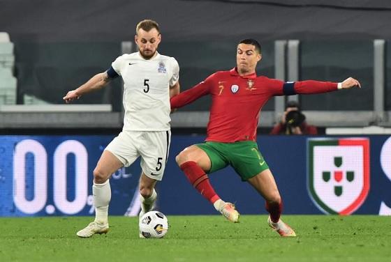البرتغال تنجو من فخ أذربيجان بنيران صديقة