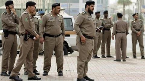 السعودية تعدم مواطنا اغتصب طفلة تبلغ 3 أعوام !