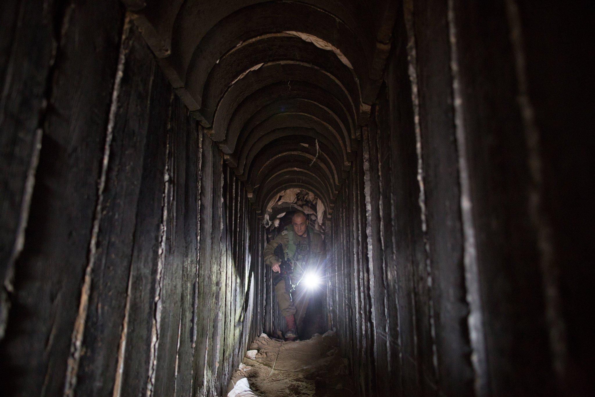 """جيش الاحتلال يعلن اكتشاف """"نفق هجومي"""" لحماس شرق خانيونس"""