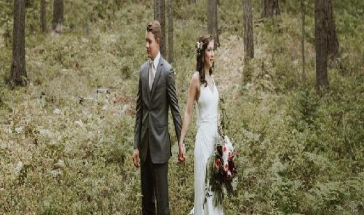 كيف تعيش حياة زوجية سعيدة ؟