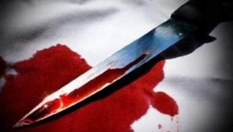 رجل يقتل زوجته وأطفاله الأربعة
