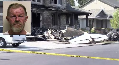 طيار يسرق طائرة و ينفذ هجوماً انتحارياً على منزله بسبب مشاكل مع زوجته