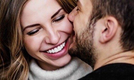 أشياء عليك القيام بها لتعزيز علاقتك الحميمة بزوجك