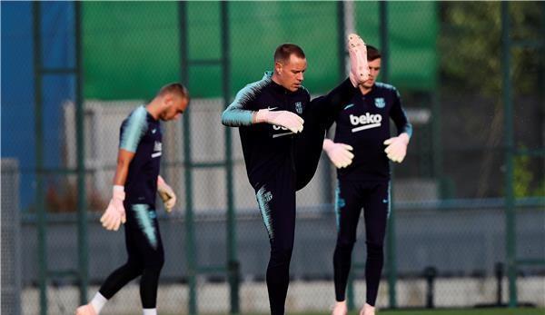 برشلونة يعلن غياب نجمه عن نهائي كأس إسبانيا