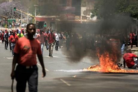 حرق ونهب محال تجارية لأردنيين في جنوب افريقيا