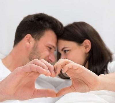 كيف تجذبين زوجكِ مرة أخرى للعلاقة الحميمة بعد غياب ؟
