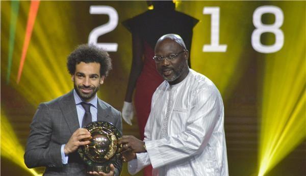 صلاح يتوج بجائزة أفضل لاعب إفريقي للمرة الثانية