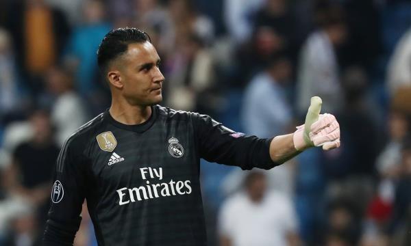 ريال مدريد يبلغ نافاس بقرار الرحيل