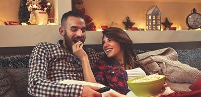 العلاقة الحميمة تقوّي علاقتك بزوجك عبر 3 طرق