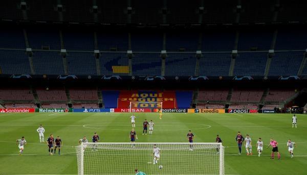 برشلونة يتمسك بحظوظه أمام بايرن ميونخ القوي