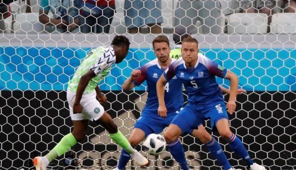 نيجيريا تشعل مجموعة الأرجنتين بالفوز على أيسلندا