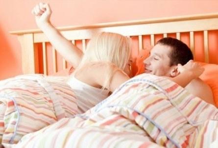 العلاقة الحميمة صباحاً لجسم رشيق ومزاج أفضل