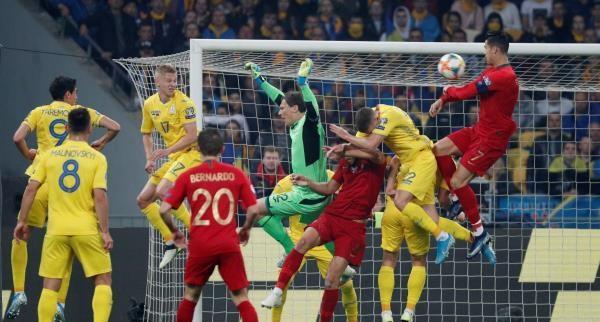 أوكرانيا تتأهل لليورو بإسقاط البرتغال في حضرة رونالدو