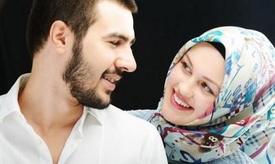 4 حيل لممارسة العلاقة الحميمة في منزلك الصغير